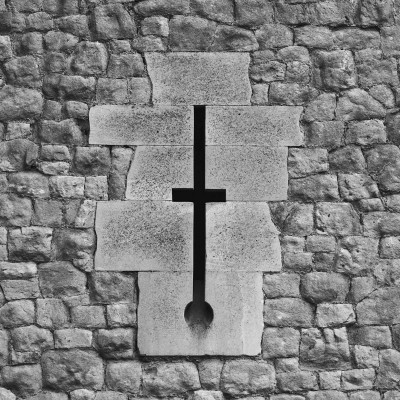 lexicon: wall cross